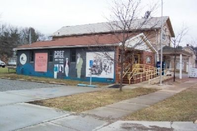 Historic Amesville Mural on US Post Office image. Click for full size.