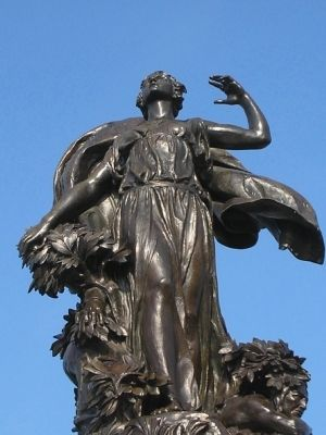 Closeup of Liberty Monument image. Click for full size.