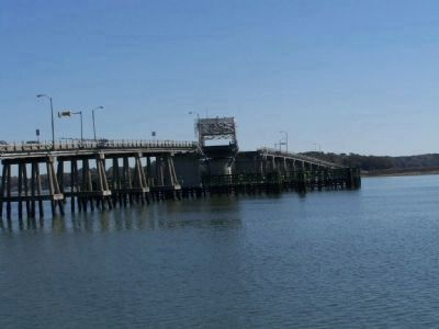 Richard Woods Memorial Bridge , Beaufort, SC image. Click for full size.