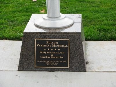 Folsom Veterans Memorial image. Click for full size.