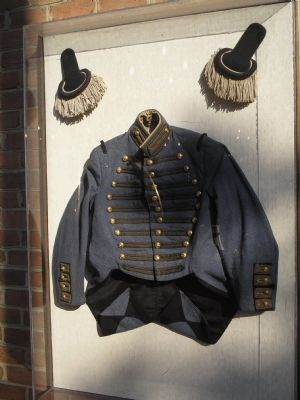 Confederate Officer Uniform image. Click for full size.