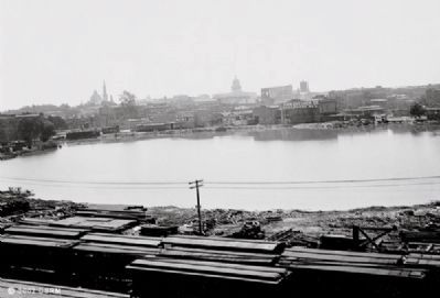 View of Sacramento from the Railroad Yard, circa 1906 image. Click for full size.