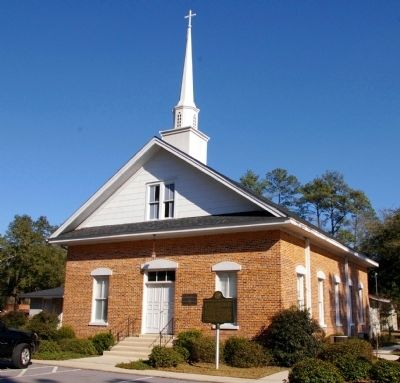 Walthourville Baptist Church and Marker image. Click for full size.
