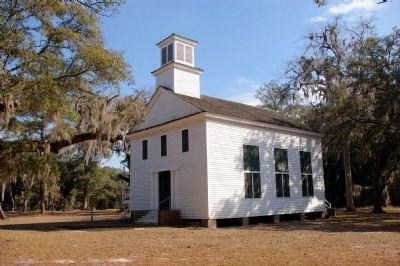 Another view of Dorchester Presbyterian Church, in 2009 image. Click for full size.