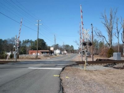 Glen Allen facing west on Mountain Road. image. Click for full size.