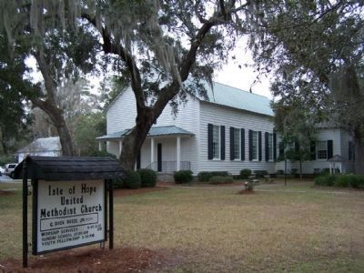 Isle of Hope Methodist Church image. Click for full size.