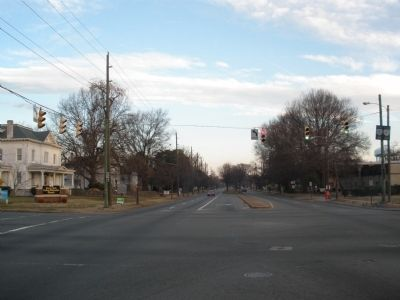 Chamberlayne & Laburnum Avenues (facing north) image. Click for full size.