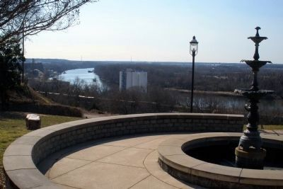 James River below Libby Hill Park image. Click for full size.