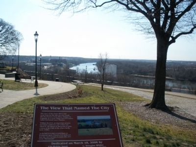 View of the James River from Libby Hill image. Click for full size.