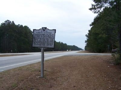 Hampton Plantation Marker as seen looking south along US 17 at Rutledge Rd ( SC 10-857 ) image. Click for full size.