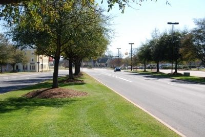 Main Street, Greenwood, South Carolina -<br>Looking South image. Click for full size.