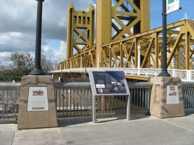 The Northern Electric Bridge Marker image. Click for full size.