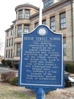 Beech Street School Marker image. Click for full size.