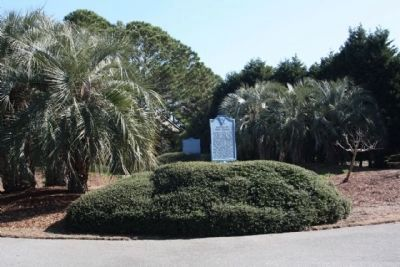 Battle of Port Royal Marker, shares location with Hilton Head Marker image. Click for full size.