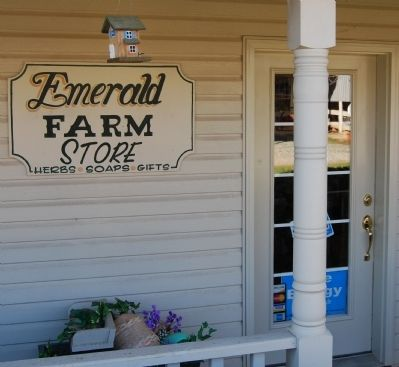 Emerald Farm -<br>Soap and Herbal Shop image. Click for full size.