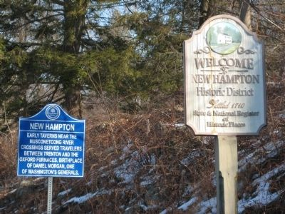 New Hampton Marker image. Click for full size.