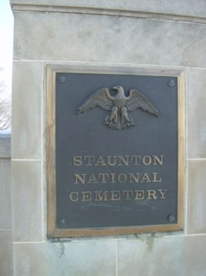 Entrance plaque, Staunton National Cemetery image. Click for full size.