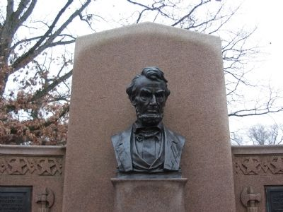 Bust of Lincoln on Memorial image. Click for full size.