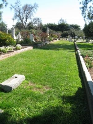 Old Sacramento City Cemetery image. Click for full size.