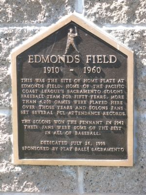 Edmonds Field Marker image. Click for full size.