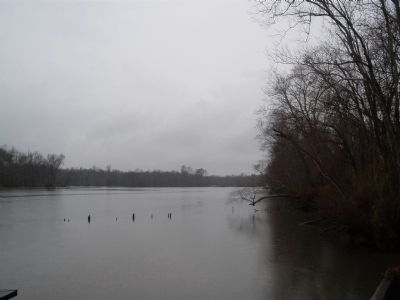 Appomattox River below Fort Clifton (facing upriver towards Petersburg) image. Click for full size.