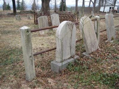 Servis - Quick Family Cemetery image. Click for full size.
