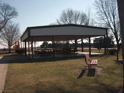 Memorial Park Pavilion image. Click for full size.