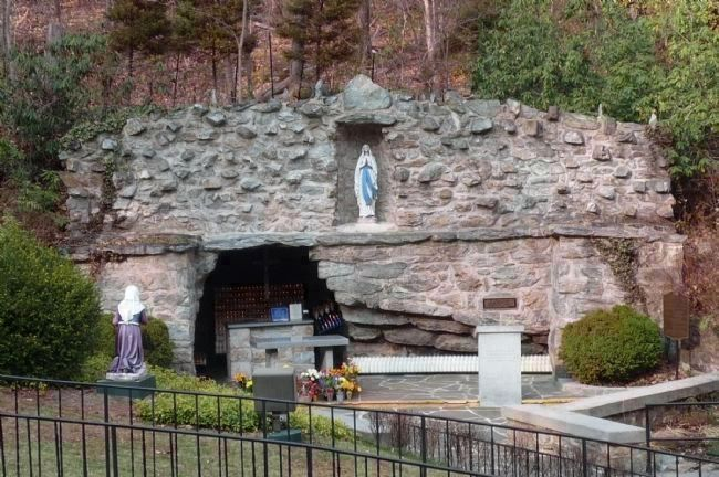 National Shrine of Our Lady of Lourdes image. Click for full size.