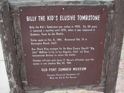 Billy the Kid's grave information marker. image. Click for full size.