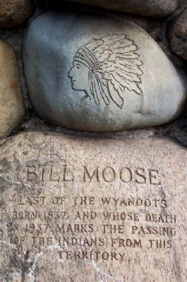 Bill Moose Crowfoot Memorial image. Click for full size.