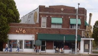 Sun Studio and Records Marker image. Click for full size.