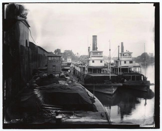 Steamers Docked at Sacramento image. Click for full size.
