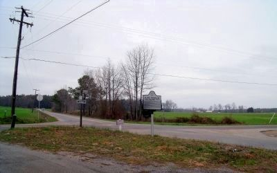Sturgeon Point Road & The Glebe Lane (facing north). image. Click for full size.