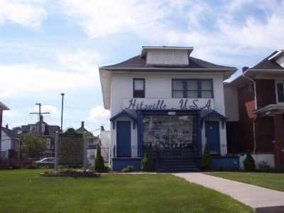 Motown Marker in front of Hitsville U.S.A. image. Click for full size.