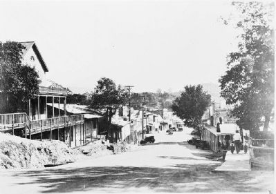 Angels Camp - Looking South Down Main Street (1920's) image. Click for full size.