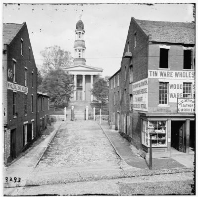 Petersburg, Va. Courthouse. <i>Library of Congress [LC-B811-03293]</i> image. Click for full size.
