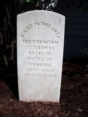 Grave of Unkown Soldiers (Union) at Calvary Church. image. Click for full size.