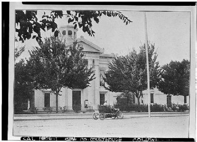 Colusa County Courthouse image. Click for full size.