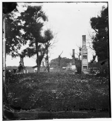 Charles City Court House, Va. Ruins of houses. image. Click for full size.