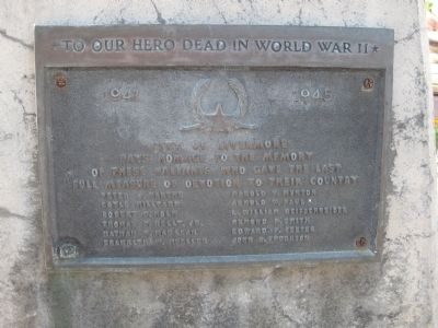Mills Square Flag Pole - WWII Memorial Plaque image. Click for full size.