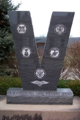 Lowell Veterans Memorial image. Click for full size.