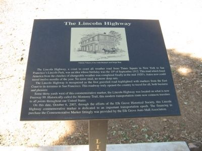 The Lincoln Highway Marker - Full View image. Click for full size.