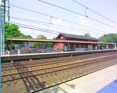 Station, Platform and Tracks image. Click for full size.