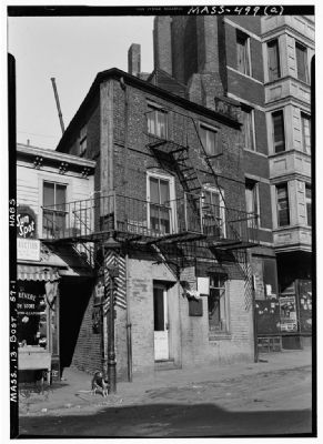 Moses Pierce-Hichborn House in 1941 image. Click for full size.