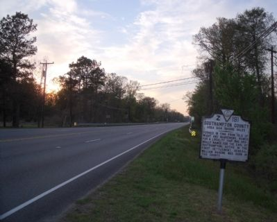 Southampton County / Isle of Wight County Marker on US Rte 460 (facing west) image. Click for full size.