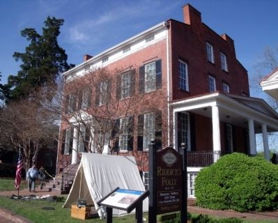Riddick's Folly served as Union Headquarters for Gen JJ Peck & staff. image. Click for full size.