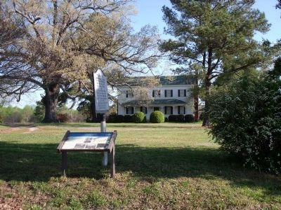 Thomaston Markers. image. Click for full size.