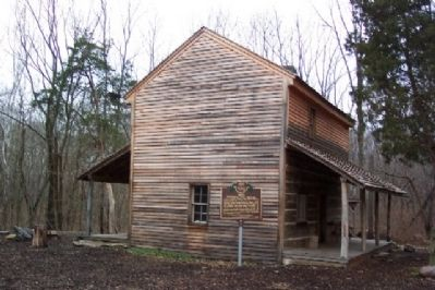 1804 Iddings Log House and Marker image. Click for full size.