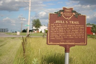 Hull's Trail Marker image. Click for full size.