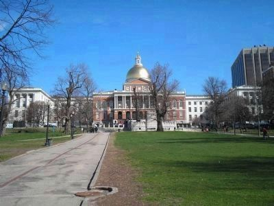 Massachusetts State House<br>seen from Boston Common image. Click for full size.